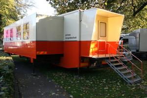 het-uitschuifgedeelte-van-de-schoolwagen